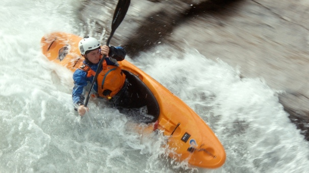 Champions Killer on the Wellebrucke rapids on the run up to the Sickline events