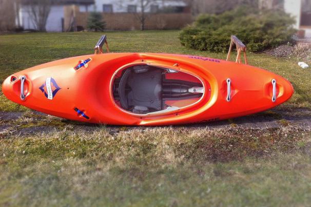 Ace of Spades Kayak