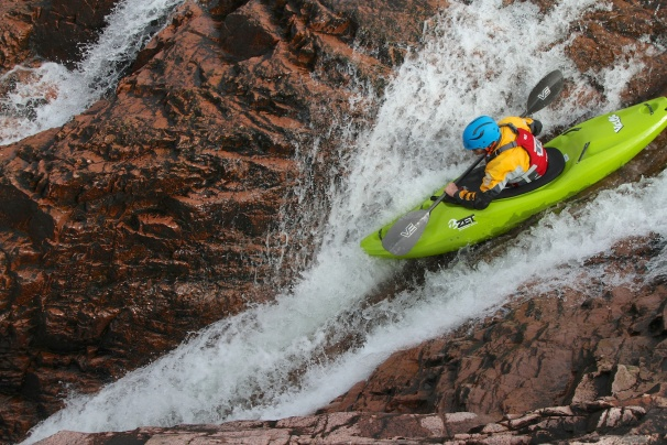 The Zet Veloc on Speed on the Alt a Chorain. Photo courtesy New Wave Kayaking