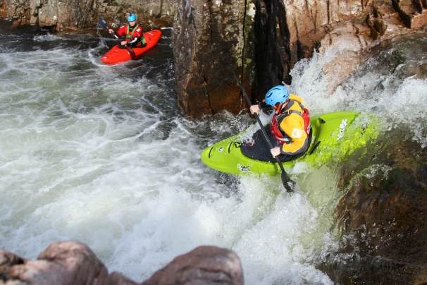 The Zet Veloc boofing on the Etive. Photo courtesy New Wave Kayaking